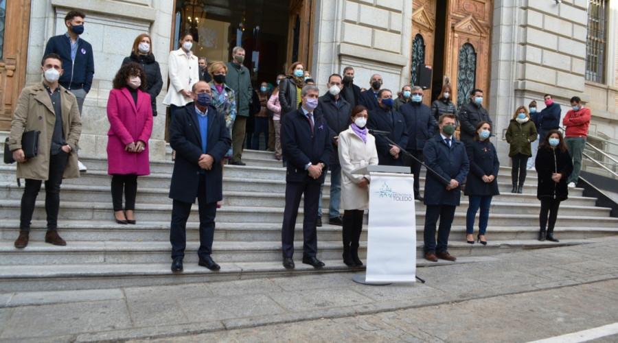 Diputación: Condena a la violencia machista en las puertas de la institución