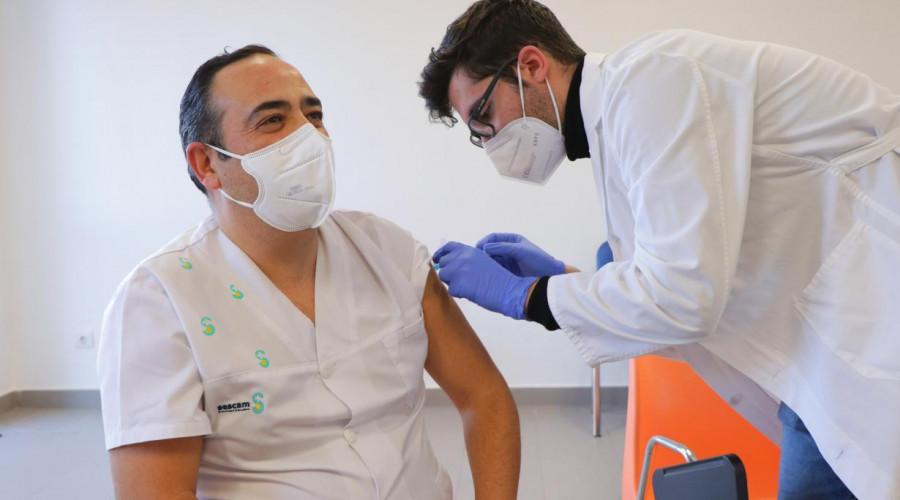 En Semana Santa también se vacuna en la región